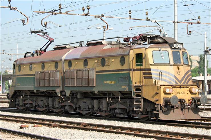SZ-362-040.jpg